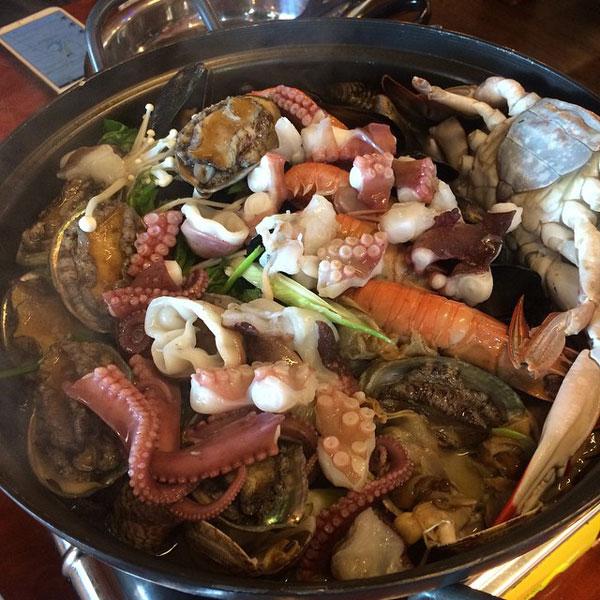 Rainbow Jeju abalone seafood hotpot
