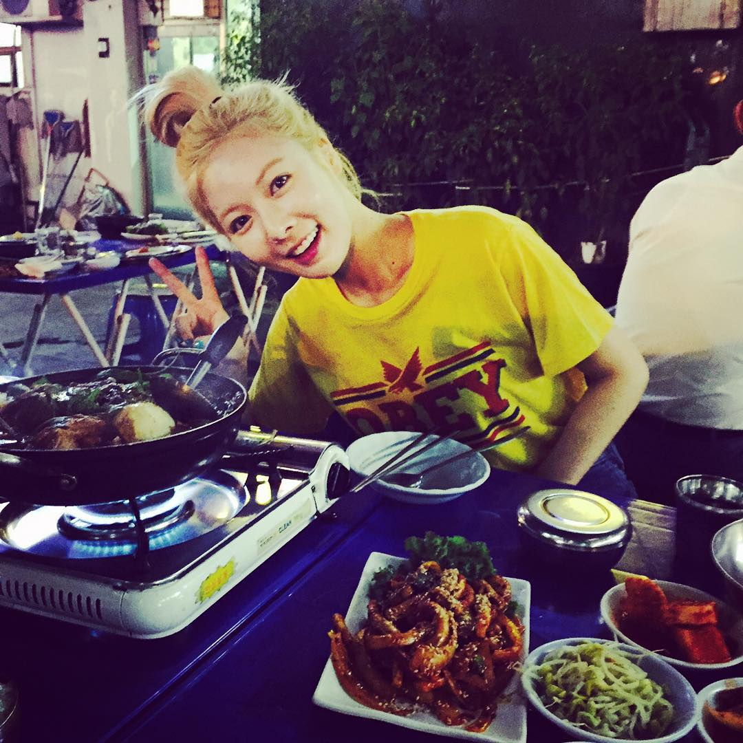 4Minute Hyuna Instagram grilled eels